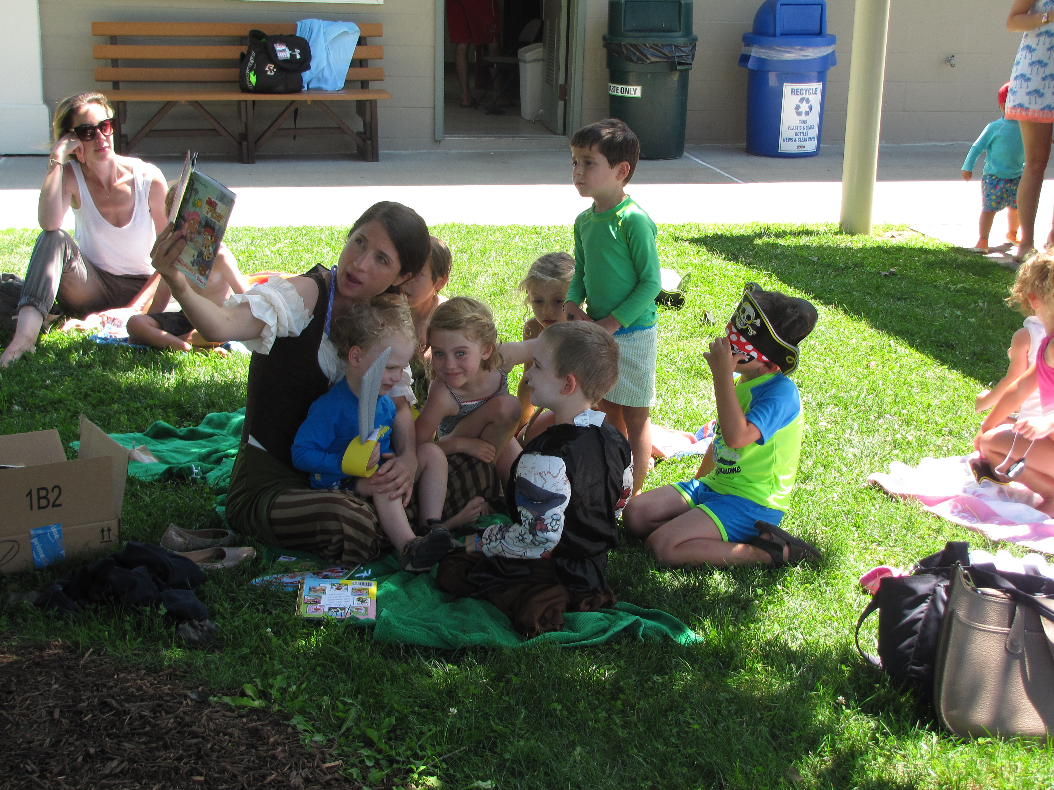 Lunch Bunch Storytimes at Bedford Village Pool